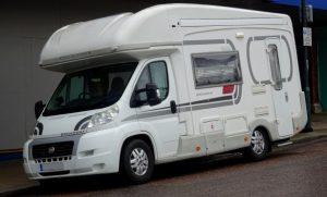 modèle de camping-car adapté